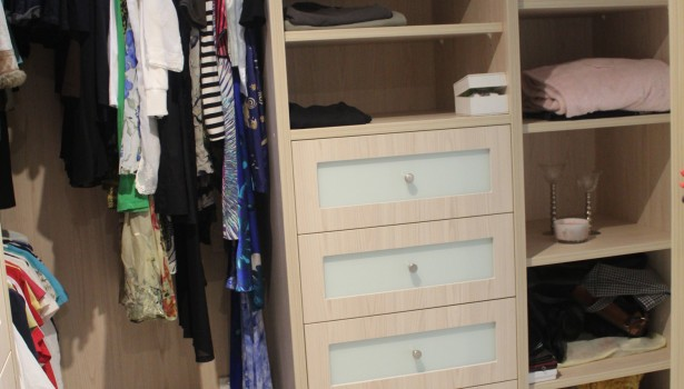 Robes & Bedrooms